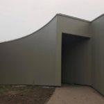Rivestimento facciate edificio industriale con pannelli di alluminio
